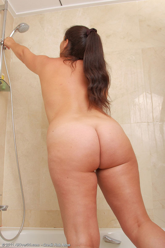 40 женщины фото голые пухленькие