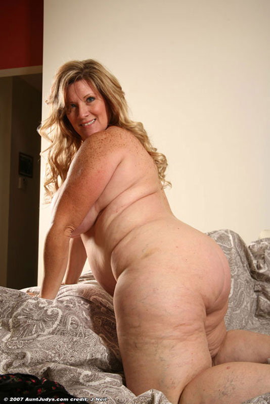 Legs Galleries  Graceful Mom Free porn galleries of the